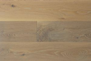 White Oak - Live Sawn  														with  													Natural Vintage